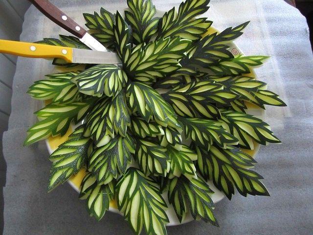 Carving vegetables - cucumber Sheet463