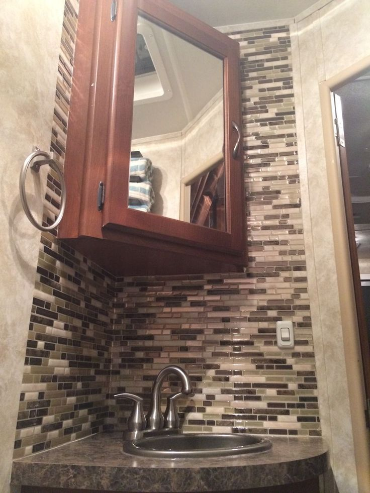 RV - Bathroom backsplash done in 1 hour with peel and stick Smart Tiles