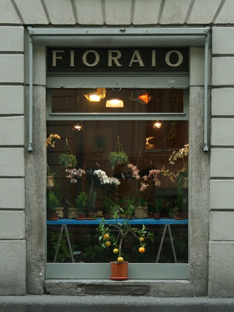 Via Montebello, 7  20121 Milano  www.fioraiobianchicaffe.it