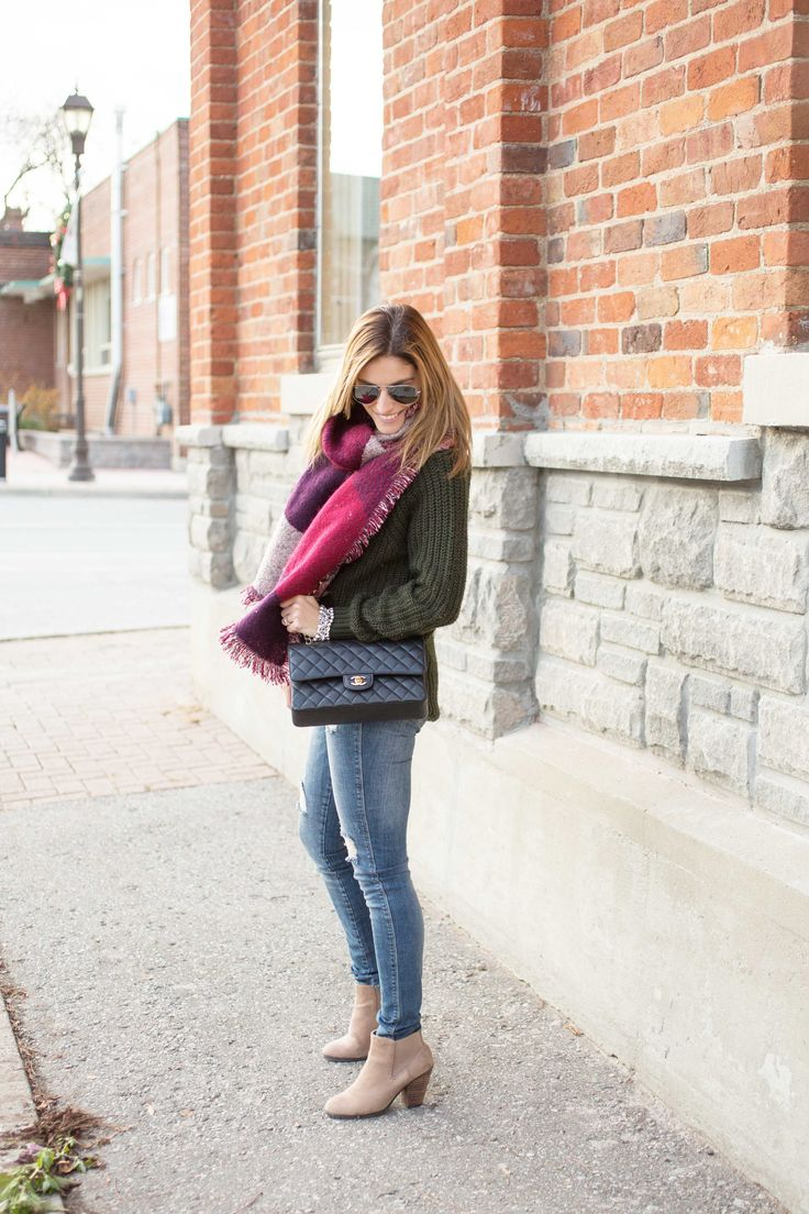 Oversized winter blanket scarf with skinny jeans and Chanel Medium flap bag
