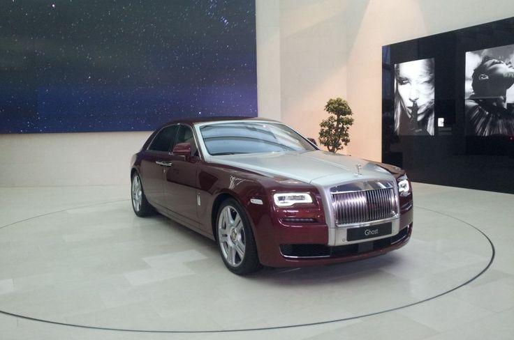 Rolls Royce- Ghost http://fliiby.com/strbi/