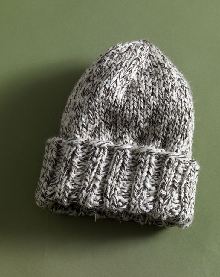 Easy Tweed Hat in Lion Brand Fishermen's Wool - 80958AD. Discover more Patterns by Lion Brand at LoveKnitting. We stock patterns, yarn, needles and books from all of your favorite brands.