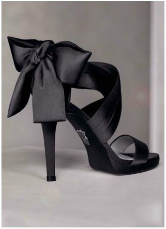 Vera Wang Bridal Shoes: Vera Wang, Wedding Shoes, Black Bows, Black Shoes, Satin Bows, Black Heels, Bridesmaid Shoes, High Heels, Black Satin