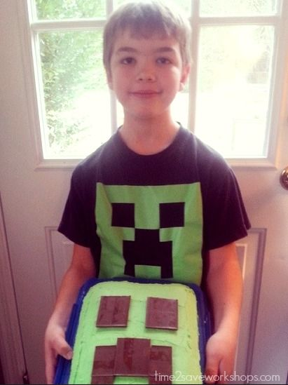 All you need for this Easy Minecraft Cake & Creeper Cupcakes is green food coloring and a Hershey bar!