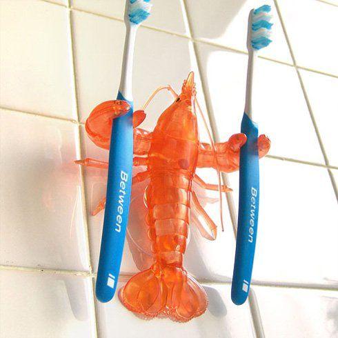 歯ブラシはザリガニが掴んでくれる。 ザリガニ 歯ブラシホルダー - まとめのインテリア / デザイン雑貨とインテリアのまとめ。