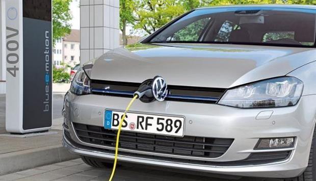 Volkswagen Golf GTE : une hybride rechargeable pour fin 2014 !