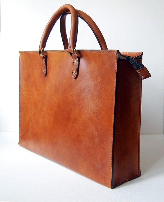 Cognac Briefcase (medium) - Handstitched leather briefcase