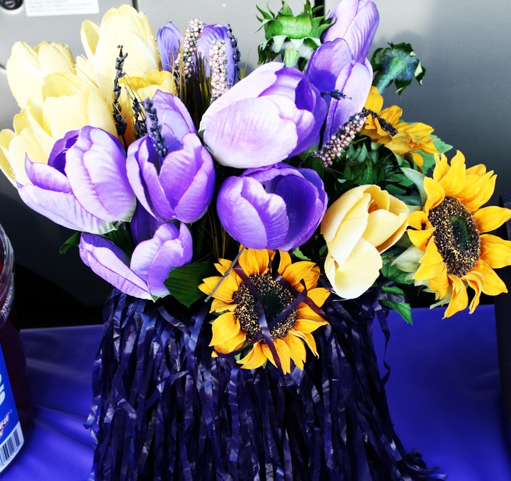 Some purple and yellow flowers to brighten up your tailgate.Yellow Flower