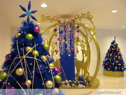 brown christmas decorations | thought I'd look at other holiday decorations that other people in ...