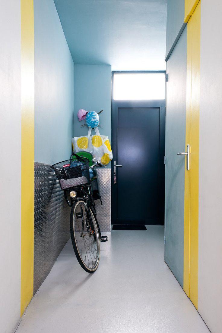 #hallway  Photography: Julien Fernandez - julien-fernandez.com/  Read More: http://www.stylemepretty.com/living/2013/04/01/at-home-with-caroline-gomez-from-julien-fernandez/