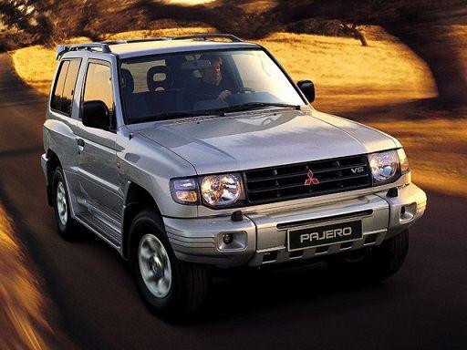 Mitsubishi Pajero Metal Top (1997 – 1999).