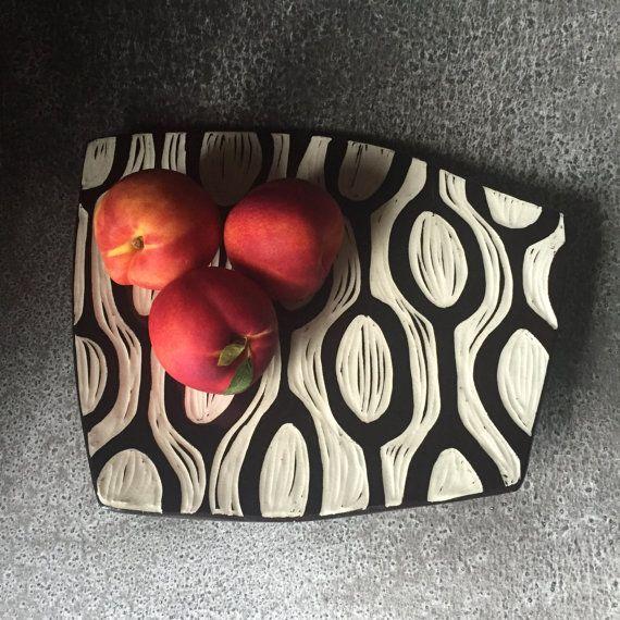 Modern Pattern Platter - Black Sgraffito Hand carved retro pattern stoneware pottery ceramic handmade dinnerware tableware