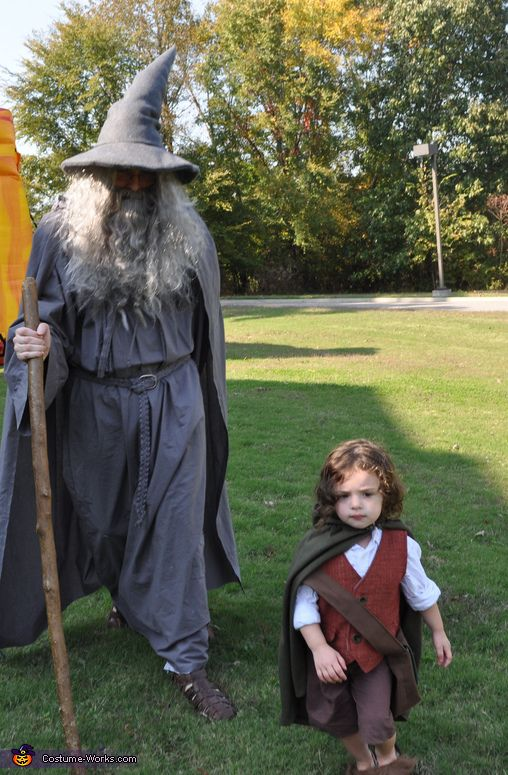 Lyndsey: These homemade costumes were inspired by the Lord of the Rings. The toddler costume is made from a basic vest pattern and pants pattern that I made a couple of...