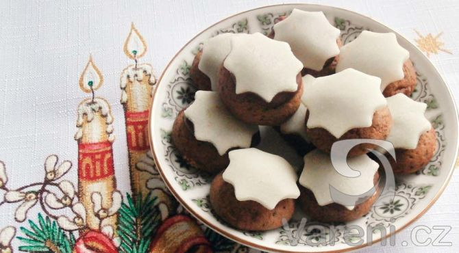 Sváteční recept na lahodné marcipánové cukroví.