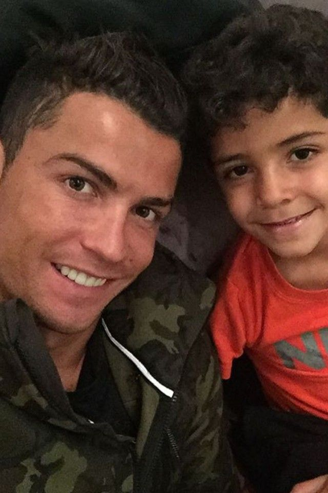 Cristiano Ronaldo wearing  Nike Tech Fleece Camo Full-Zip