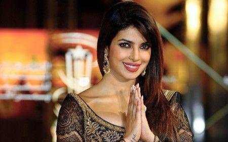 Top 10 Aktris Bollywood Terkaya 2017  Bollywood - April 10 2017 at 04:08PM