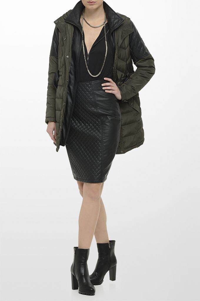 Sarah Lawrence - quilted jacket with fake leatheret details, jersey blouse with zipper, leatheret pencil skirt, long layer necklace.