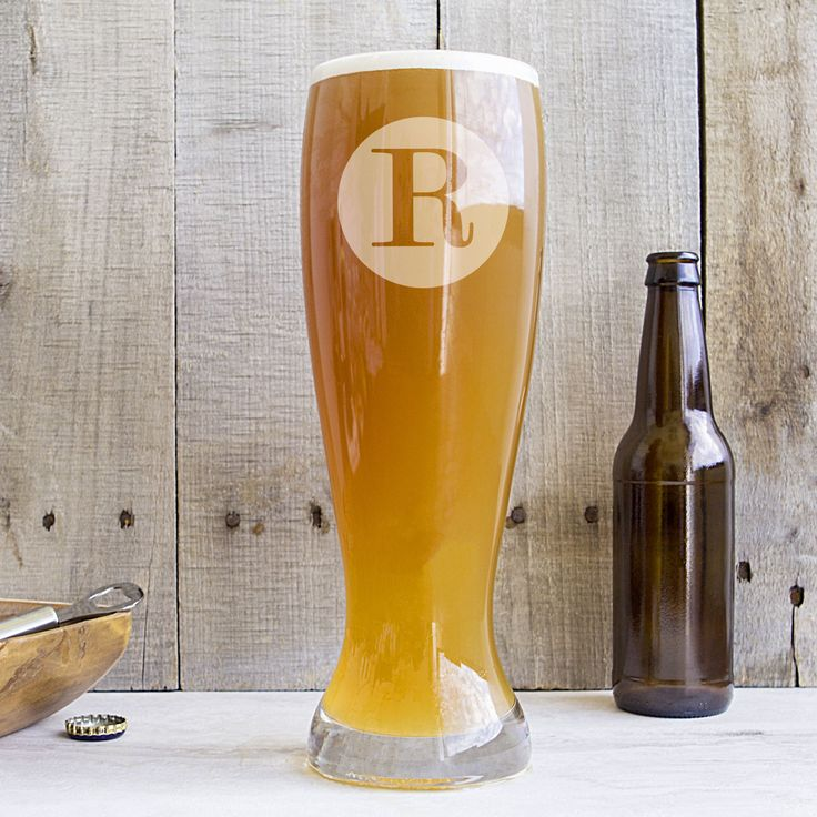 Vastly oversized and yet just right for the brew lover in us all, the Personalized Novelty XL Beer Glass is the perfect addition to any barware collection. Holding up to 54 ounces of your favorite bre