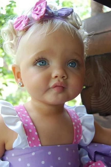 Geez! What a gorgeous baby girl! Beautiful!