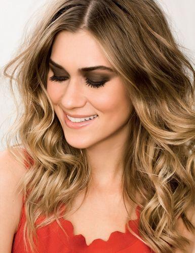 Biaggi revela tendências de loiros para o verão 2015 Coloração