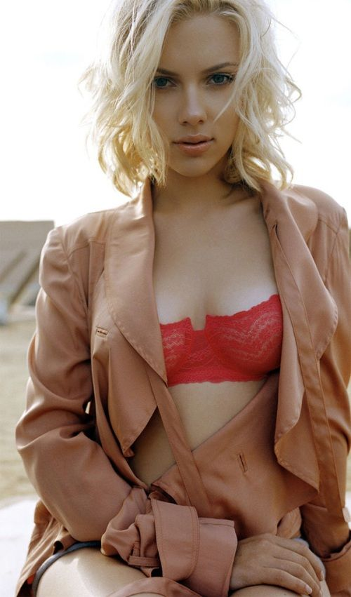 Scarlett Johansson | actor | lingerie | the red bra | color | favorite | ram2013