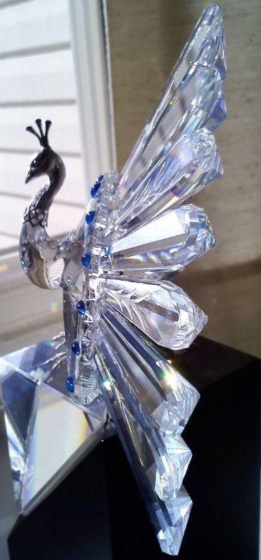 Swarovski Crystal Peacock                                                                                                                                                                                 Más                                                                                                                                                                                 Más