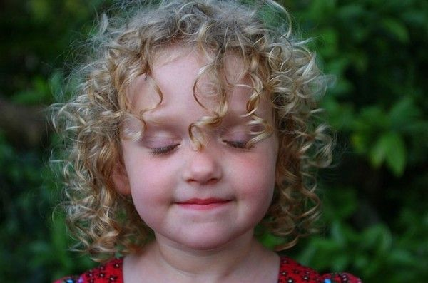 Caring for curly toddler hair.