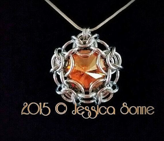 Etsy の Flying Saucer Pendant Tutorial by ChainmaillebyJessa