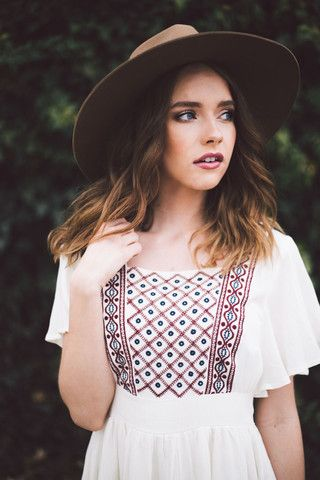 SALE The Hopeless Romantic || Embroidered Chiffon Dress //