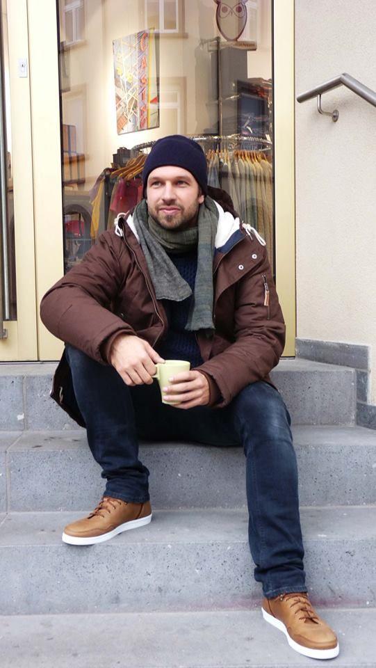http://www.zuendstoff-clothing.de/knowledge-cotton-apparel/maenner/hooded-jacket-dachshund-jacken_pid_743_13143.html