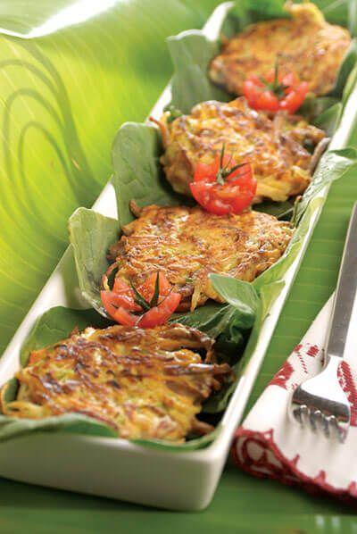 Tortitas de carne deshebrada y verduras