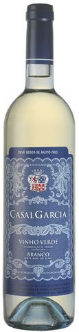 Well summer has arrived with a vengeance in New York. The humidity is creeping up, along with the temperature, and that makes me yearn for a light, crisp, refreshing white - and with modest alcohol, please.... http://www.snooth.com/articles/wine-of-the-week-5-27-casal-garcia/