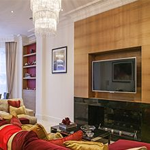 London apartment decorated by Fabric Mills - http://www.fabricmills.co.uk/2015-01-28-14-04-09/inspiration/case-studies/273-46yt.html
