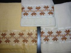 Toalhas   Toalhas do meu enxoval - super fácil de bordar!!!   *Lilica*   Flickr