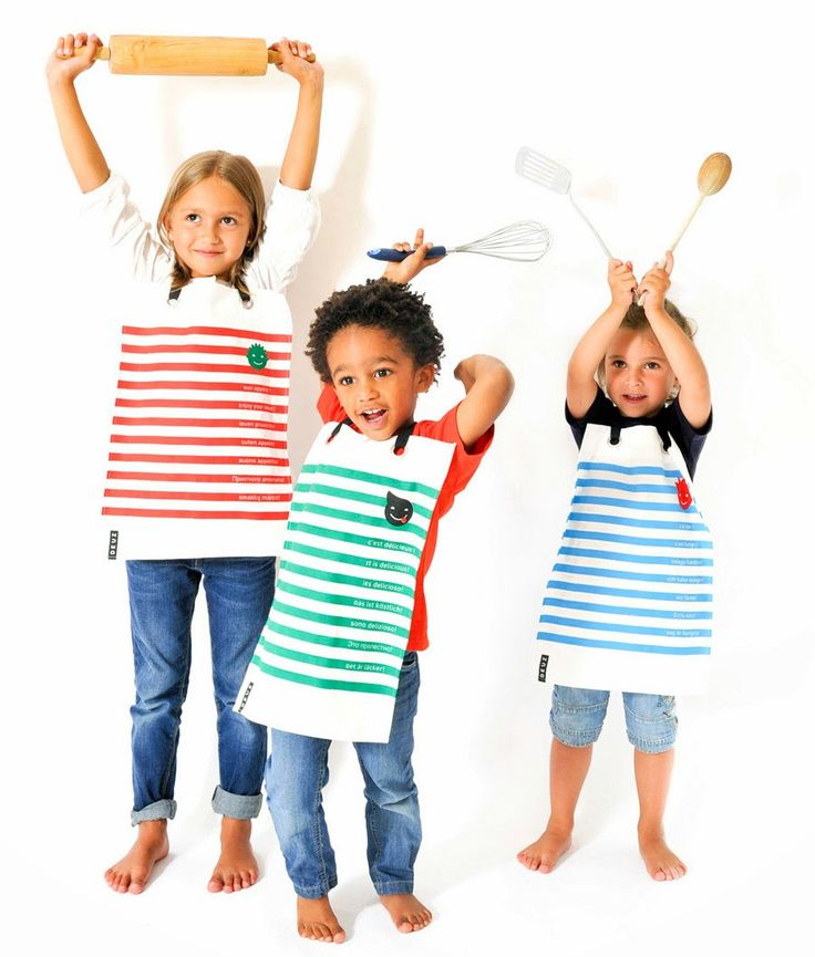 deuz - The classic sailors stripes on a long bib, why not?