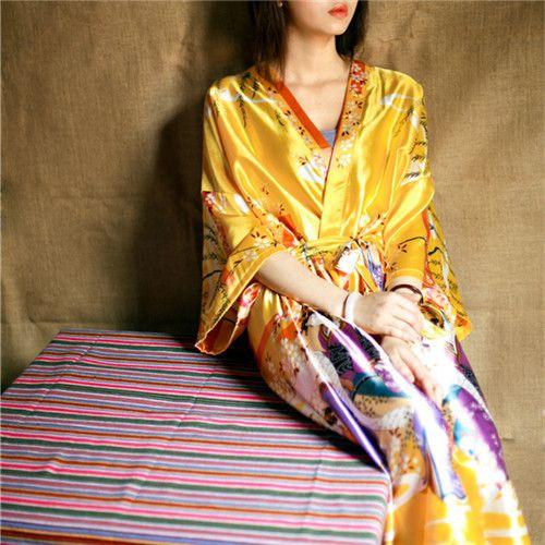 2016 Bathrobe Women Satin Bridesmaid Robes Vintage Kimono Printed Floral Robe Home Dressing Gown Yellow Wedding Robes
