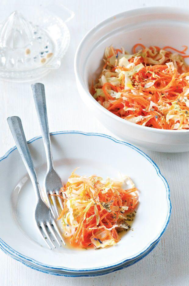 Salát z mladého zelí, Foto: Jezte česky