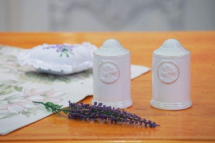 Solniczka+i+pieprzniczka+z+porcelany+w+Aleja+Kwiatowa+na+DaWanda.com