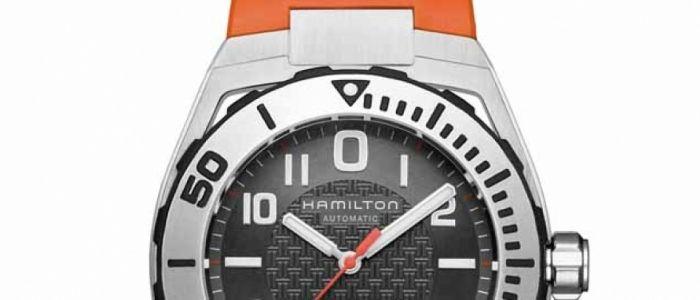 Hamilton Khaki Navy Sub La versión moderna de un reloj de buceo de 1928, el Hamilton Piping Rock, una joya que lucieron los Yanquis de NY.