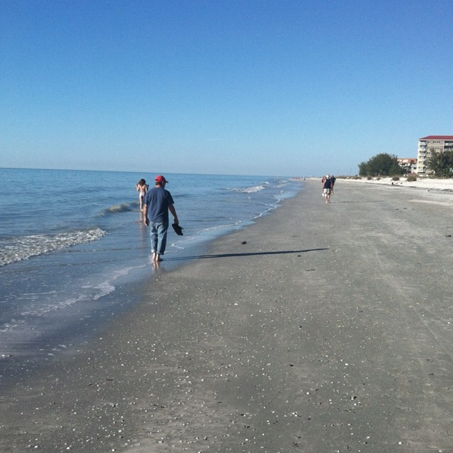 Walk along the Gulf, Fl
