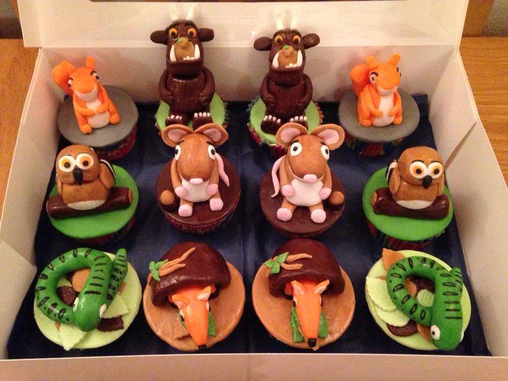 Gruffalo & friends cupcakes, figurines. Gruffalo, mouse, owl, fox, snake & squirrel.