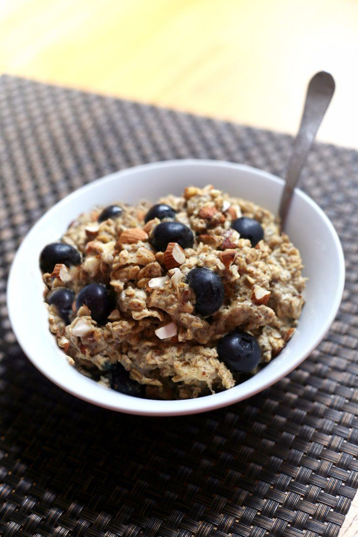 Protein-Packed Blueberry Banana Almond Oatmeal — No Dairy or Gluten!