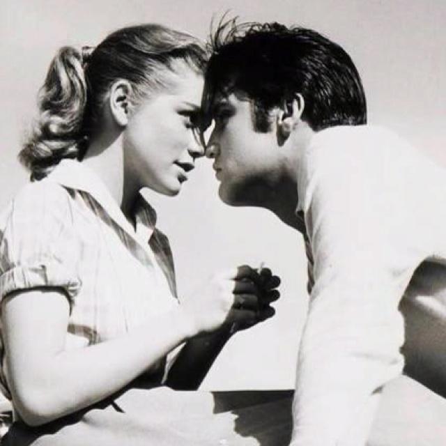 Elvis.: Elvis Aaron, Aaron Presley, 1957, Elvispresley, Dolores Hart, Elvis Movie, Elvis En, Elvis Presley