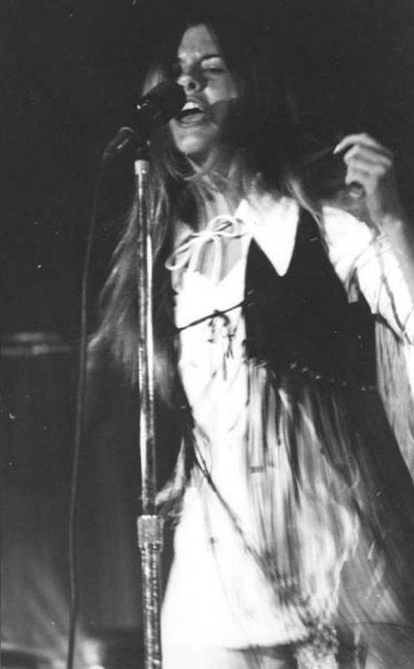 Fringed Stevie Nicks early 70´s