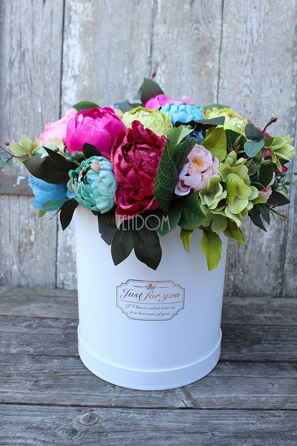 flower box ze sztucznymi kwiatami od tenDOM