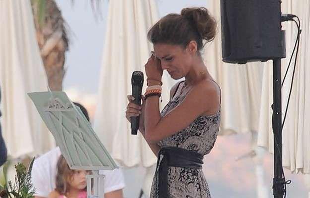 Emotivo discurso de boda