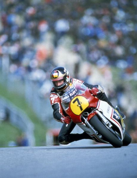Photo d'actualité : Barry Sheene of Great Britain riding a Yamaha 500...