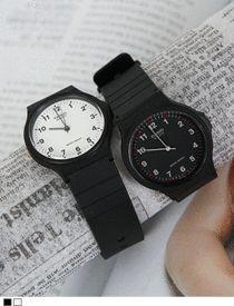 카시오정품 - 모던워치소매 사이로 언뜻 보이는, 팔찌보다 시계가 더 빛이날때! 매일 착용해도 지겹지 않아!  SFSELFAA0012670