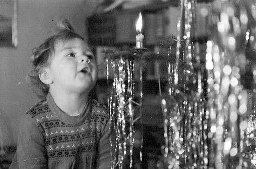 Postwar Christmas www.christmasgiftsfromgermany.com