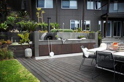 Grillkamin bauen - Outdoor Küche aus Beton und Holz selber bauen